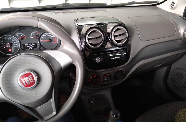 FIAT PALIO 1.4 MPI ATTRACTIVE 8V FLEX 4P MANUAL Novo
