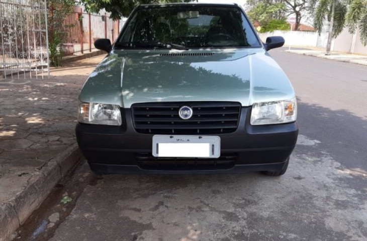 FIAT UNO 1.0 MPI MILLE FIRE 8V FLEX 4P MANUAL Usado