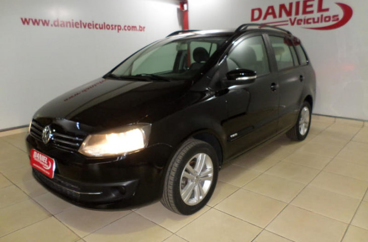 VOLKSWAGEN SPACEFOX 1.6 MI PLUS 8V FLEX 4P MANUAL Usado