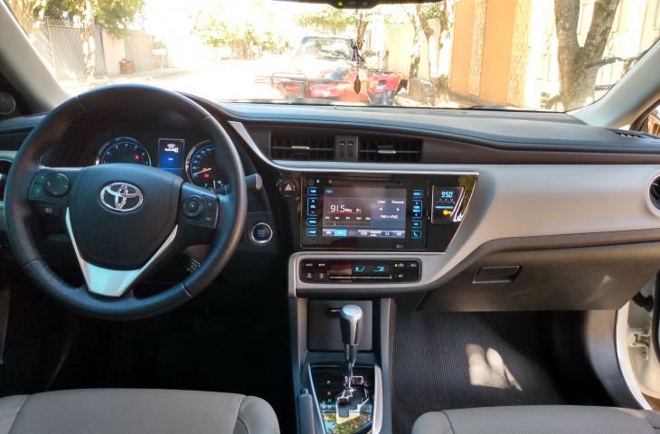 Toyota Corolla Branco Flex 2018 Usado