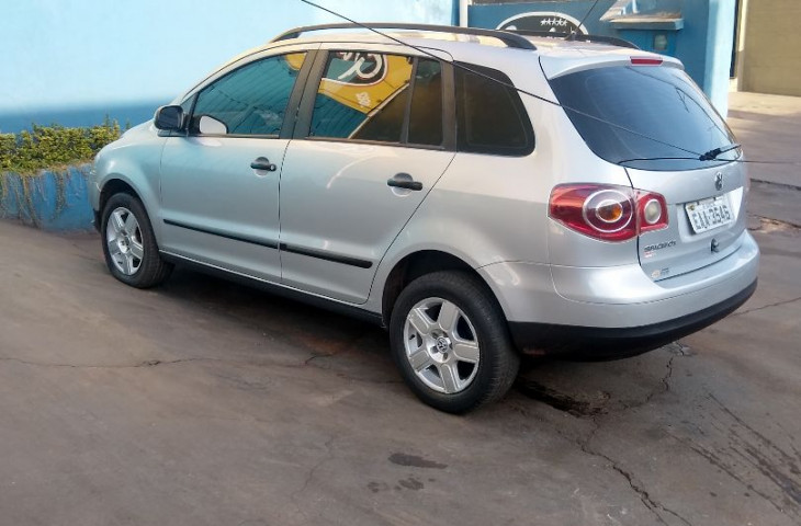 Volkswagen Spacefox 1.6 Mi 8v Flex 4p Manual Prata Flex 2008 Usado