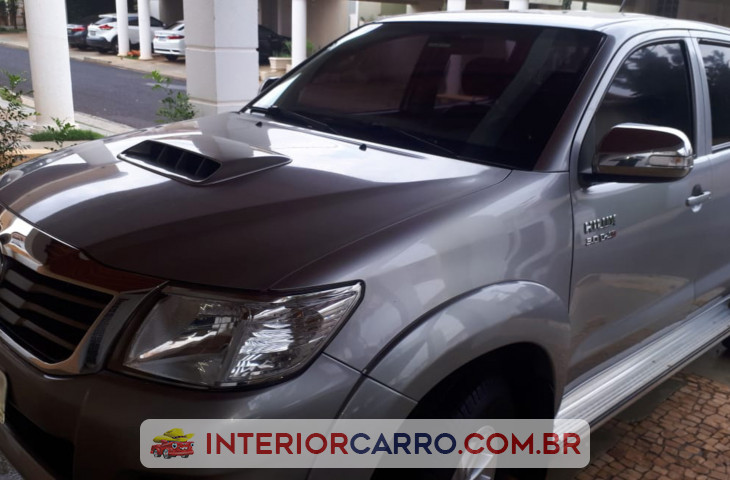 TOYOTA HILUX 3.0 SRV TOP 4X4 CD 16V TURBO INTERCOOLER DIESEL 4P AUTOMÁTICO Usado
