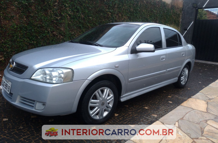 Chevrolet Astra Sedan 2.0 Mpfi Elegance Sedan 8v Flex 4p Manual Prata Flex 2005 Usado