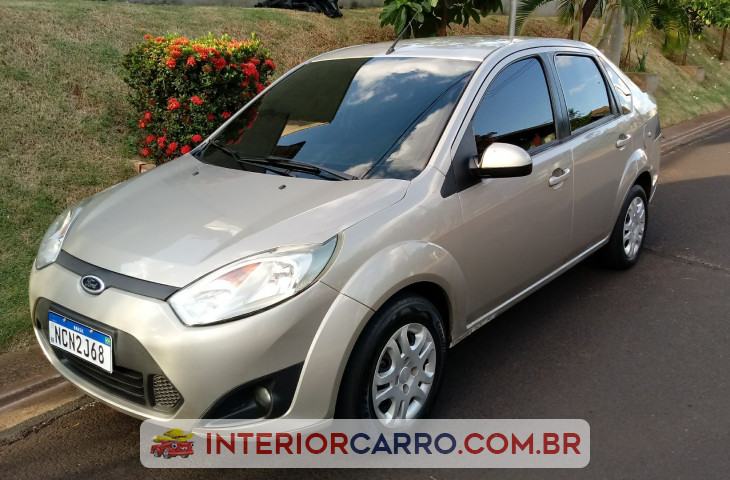 FORD FIESTA SEDAN 1.6 MPI CLASS SEDAN 8V FLEX 4P MANUAL Usado