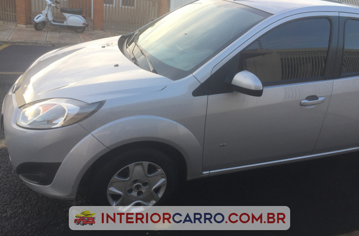 FORD FIESTA 1.0 ROCAM SE 8V FLEX 4P MANUAL Usado