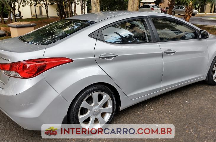 Hyundai Elantra 1.8 Gls 16v Gasolina 4p Automático Prata Gasolina 2013 Usado
