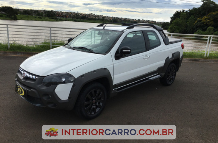FIAT STRADA 1.8 MPI ADVENTURE CD 16V FLEX 3P MANUAL Usado