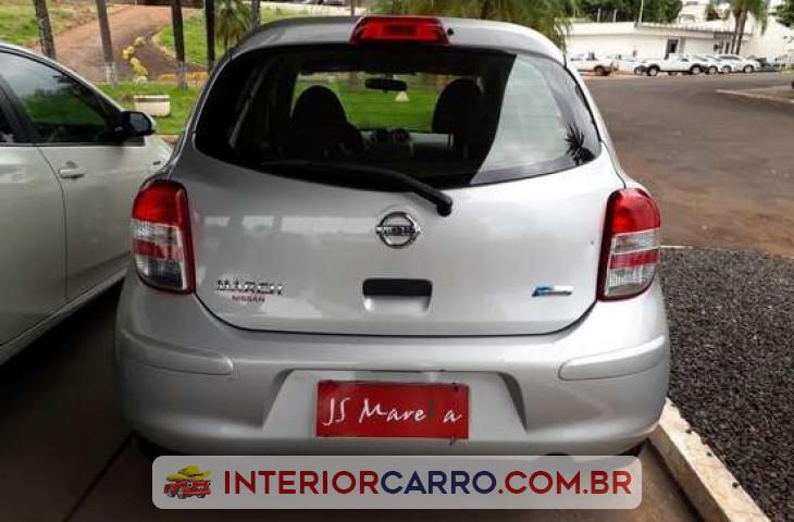 Nissan March 1.6 S 16v Flex 4p Manual Prata Flex 2013 Usado