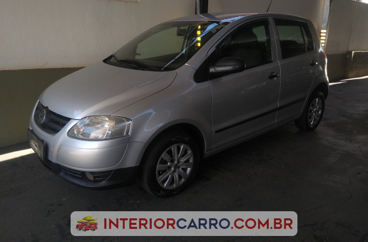 VOLKSWAGEN FOX 1.0 MI TREND 8V FLEX 4P MANUAL Usado