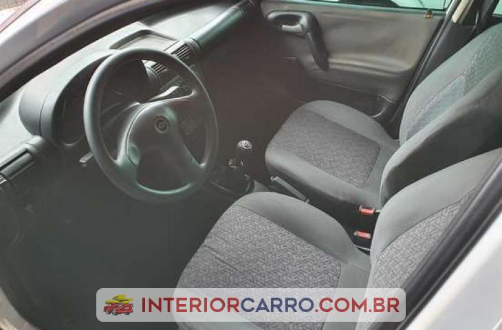 Chevrolet Corsa Sedan 1.0 Mpfi Classic Sedan 8v álcool 4p Manual Branco álcool 2003 Usado