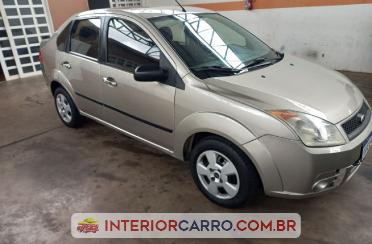 FORD FIESTA SEDAN 1.0 MPI SEDAN 8V FLEX 4P MANUAL Usado