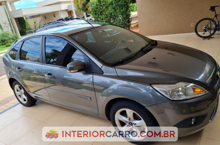 FORD FOCUS HATCH 1.6 SE 16V FLEX 4P MANUAL Usado