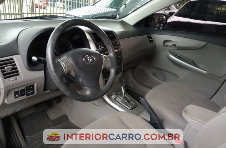 Toyota Corolla 1.8 Gli 16v Flex 4p Automático Prata Flex 2013 Usado