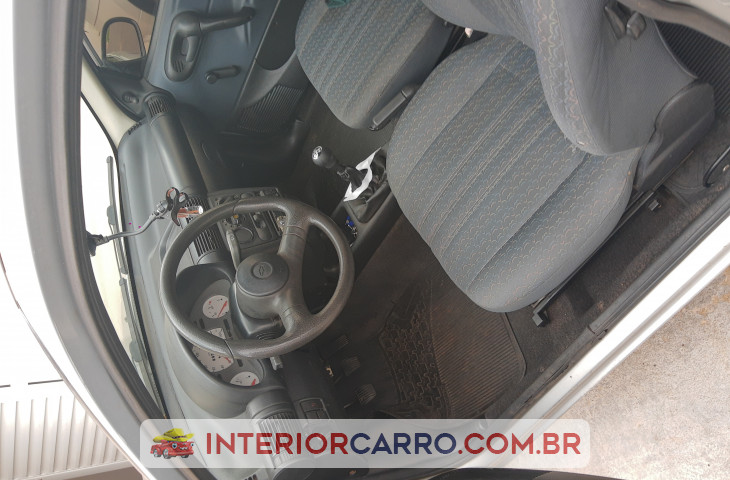 CHEVROLET CORSA HATCH 1.0 MPF WIND 8V GASOLINA 2P MANUAL Usado