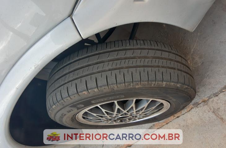 Chevrolet Corsa Hatch 1.0 Mpf Wind 8v Gasolina 2p Manual Prata Gasolina 2000 Usado